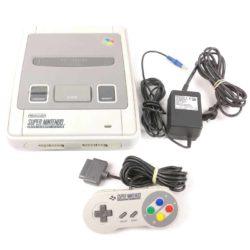 Super Nintendo Konsol (SCN) m. 1 Gamepad