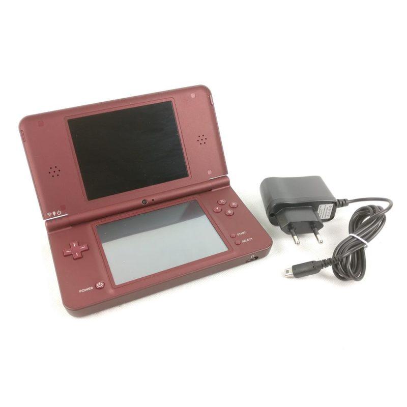Nintendo DSi XL Mørkerød inkl. oplader