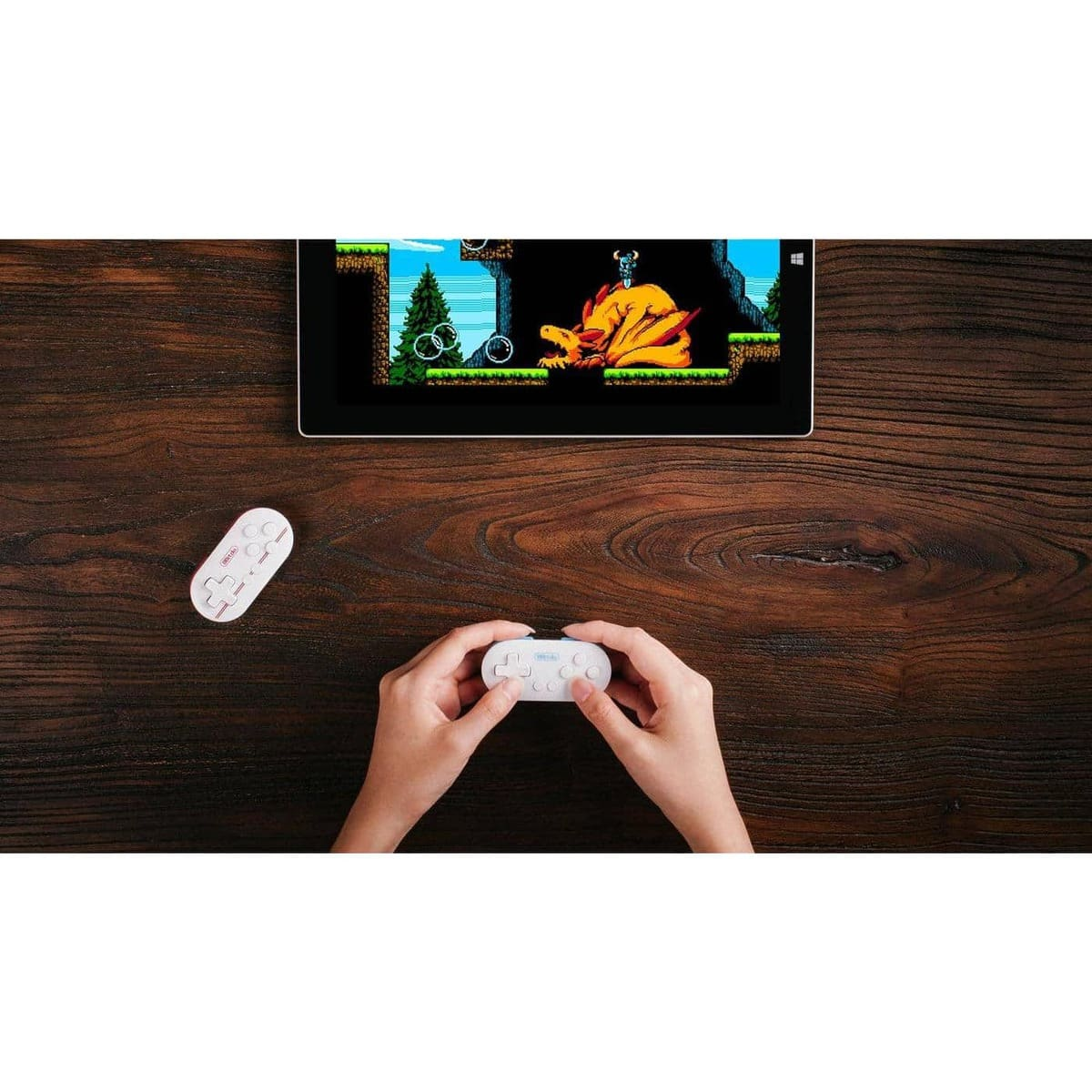 8bitdo FC Zero Mini Gamepad - Verdens mindste Bluetooth Controller