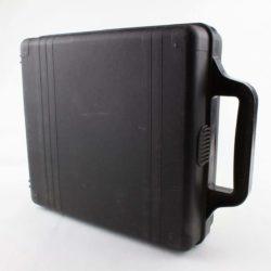 Kuffert med plads til 24 kassettebånd (Commodore 64 spil, Kassettebånd)